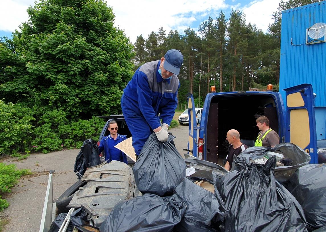 Talkos rezultatai – miškas išvalytas nuo asbesto