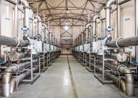 Karščiai išaugino rekordinį vandens suvartojimą – per parą daugiau nei 38 milijonai litrų